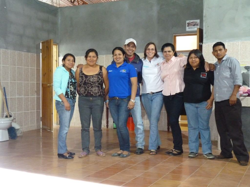 Honduras2014_Anik_foto-de-grupo-AMIR-y-Anik